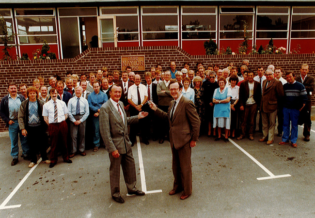 1990_Cententary_Photo_All_Family_Members